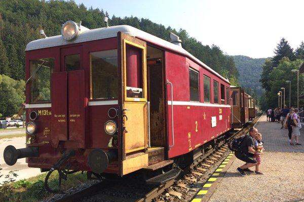 Motorový vlak Rajecká Anča.