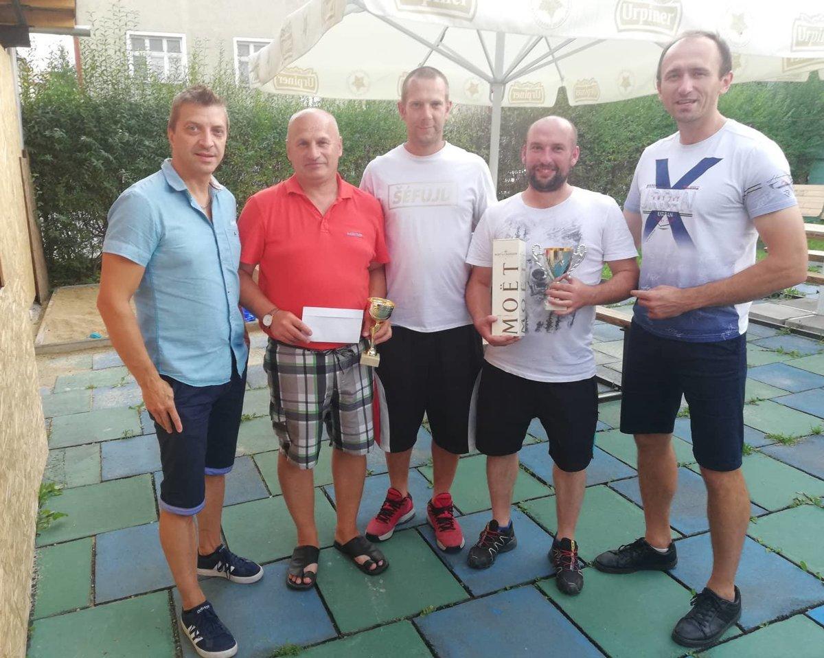 Turnaj v biliarde ovládol Milan Špalek - mykysuce.sme.sk d5144c207d3