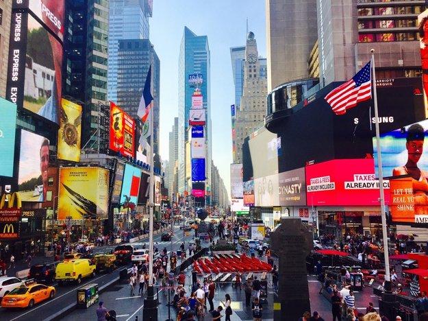Pulzujúce námestie Times Square