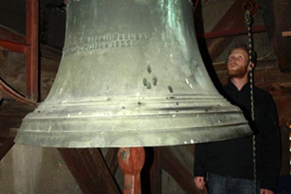 Zvon Antona Paduánskeho vyrobený v roku 1922 v Brne.