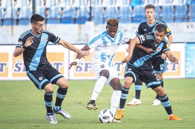 Abdulrahman Taiwo strelil v nedeľu svoj prvý ligový gól za Nitru.