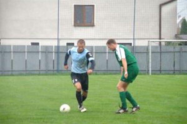 Bortel z Horoviec (vľavo! dal Visolajom dva góly.