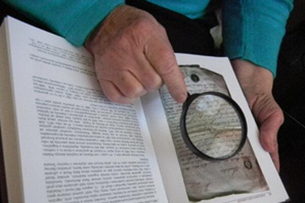 Dejiny obce a osudy predkov čitateľov zaujali.
