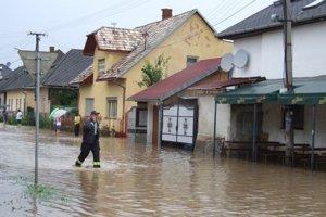 Voda v uliciach Žiaru. August 2010.