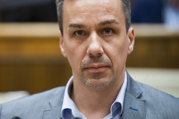 Erik Tomáš.