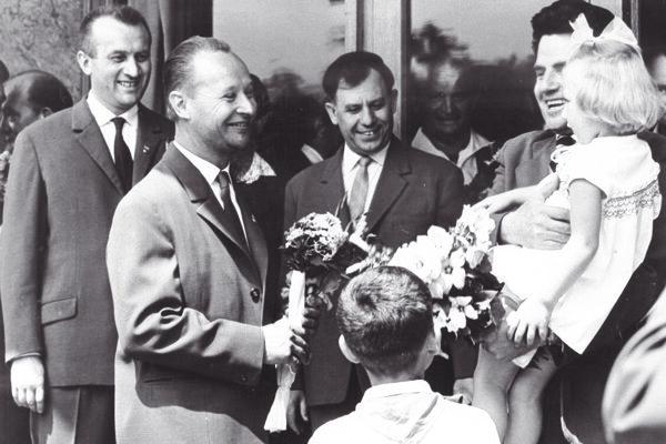 Alexander Dubček počas návštevy Martina v roku 1968.