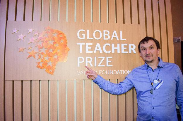 Juraj Hipš, riaditeľ Komenského inštitútu a Živice, je organizátorom súťaže Učiteľ Slovenska.