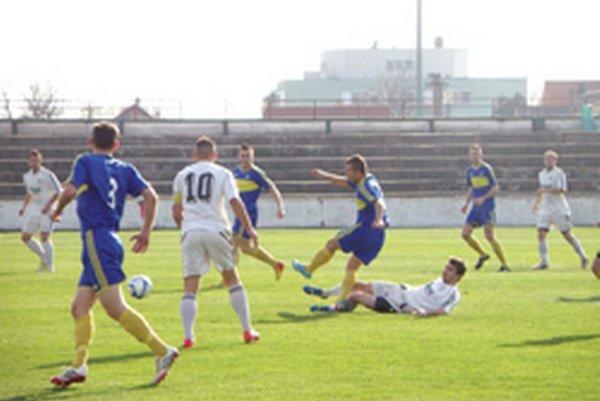 Topoľčany doma vyhrali 2:0.