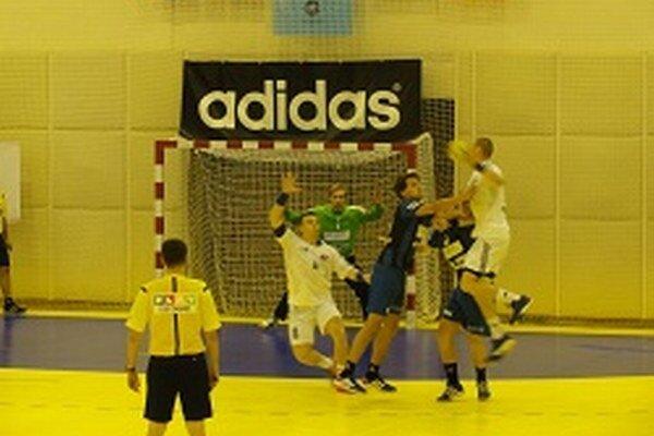 Topoľčany doma zvíťazili o sedem gólov.