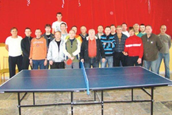 Turnaja sa zúčastnilo až 22 stolných tenistov.