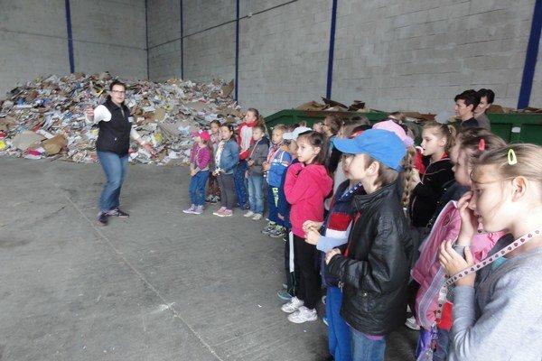 Deti sa naučili, kam putuje odpad.