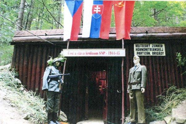 Vstup do bunkra.