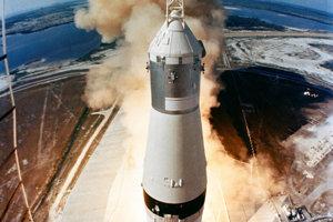 Štart rakety Saturn V.