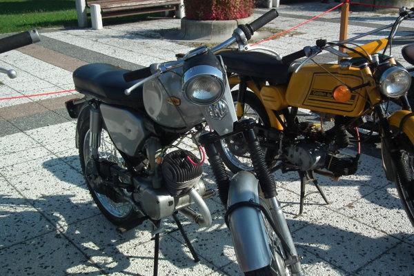 Výstava Považskobystrický motocykel bude opäť pred kinom Mier.