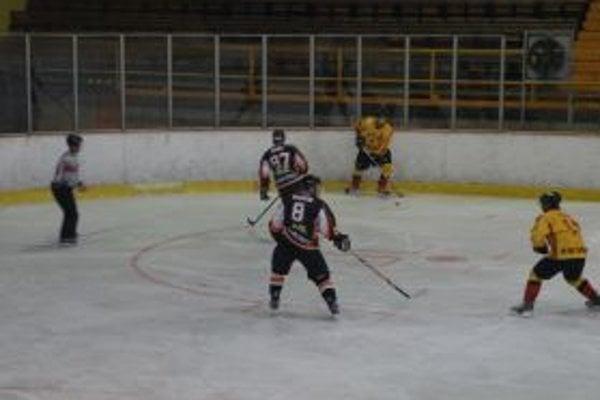 Topoľčany vyhrali na ľade súpera.