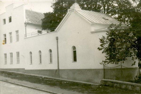 Dobový záber kaplnky v levickej nemocnici.