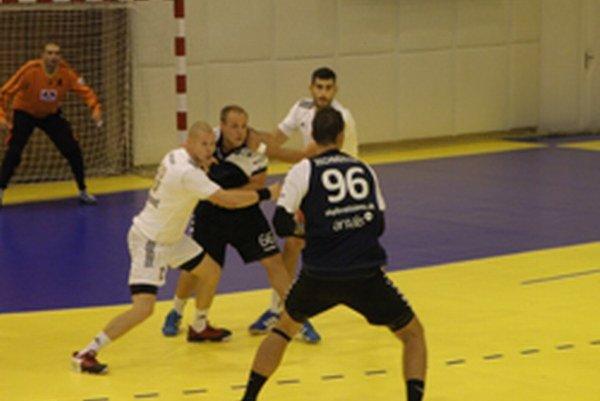 Topoľčany doma vyhrali o deväť gólov.