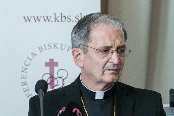 Arcibiskup-metropolita Bratislavskej arcidiecézy Stanislav Zvolenský.