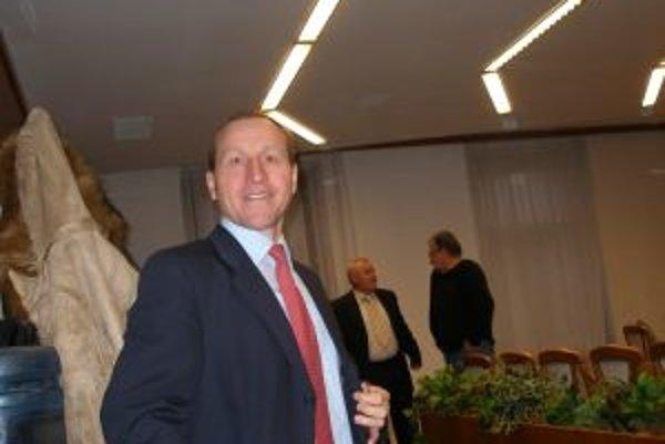 Jozef Kotleba zažil vo funkcii poslanca troch primátorov.