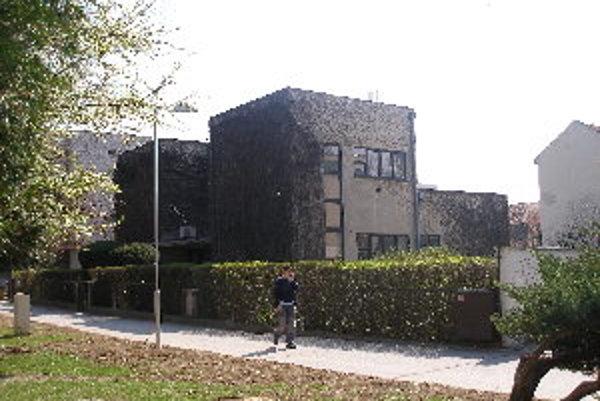 Dotácie sa použijú na rekonštrukciu vstupu do Mokrého vily z južnej strany.