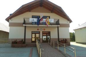 Nový obecný úrad v Lieskovci.