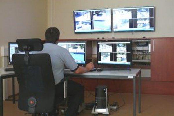 Vďaka kamerovému systému má polícia lepší prehľad o dianí v meste.