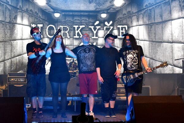 Skupina bude koncertovať aj v Považskej Bystrici.