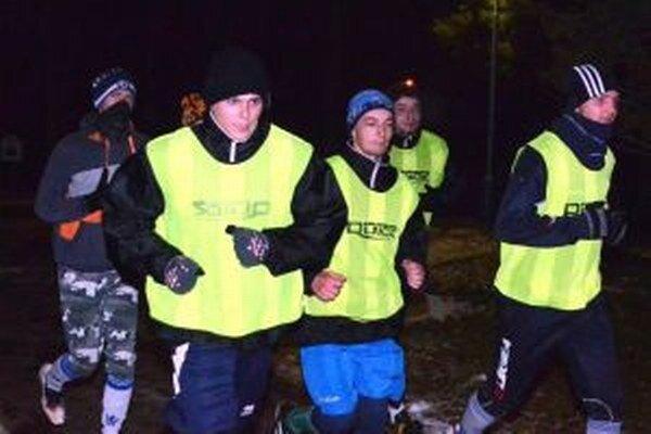 Dostávajú zabrať, zimná príprava je spočiatku najmä o behaní.