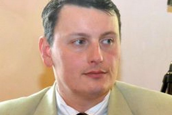 Marián Krivuš bol poverený zastupovaním primátora Mazúra.