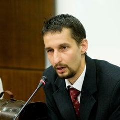 Miroslav Vetrík kandiduje ako nezávislý.