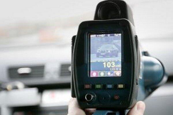 Radary sa zapotia. Polícia chce vo štvrtok využiť všetky meracie zariadenie, ktoré má k dispozícii.