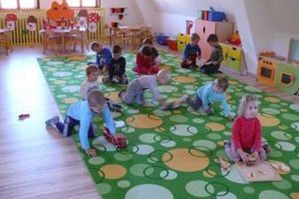 V novej triede, vznikla v podkroví zo starej spálne.