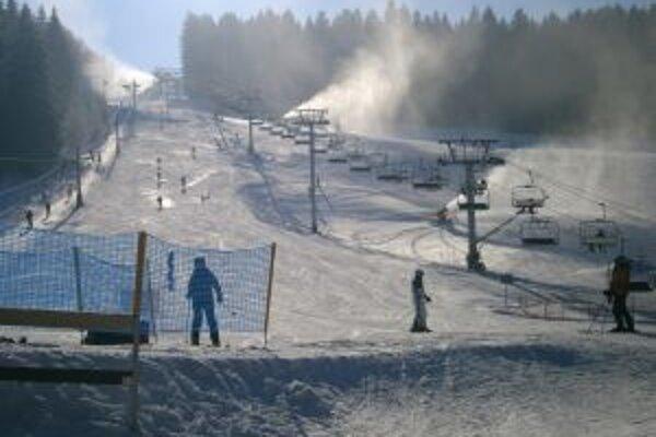 Aj Jasenskej doline už odštartovali lyžiarsku sezónu.