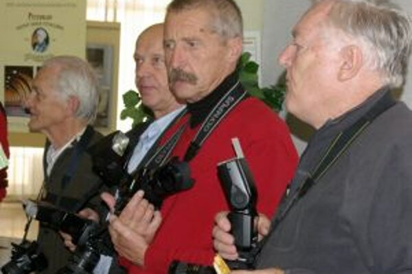 Na Považie prišli desiatky fotografov.