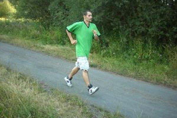 Ivan Kováč sa opäť venuje atletickej chôdzi.