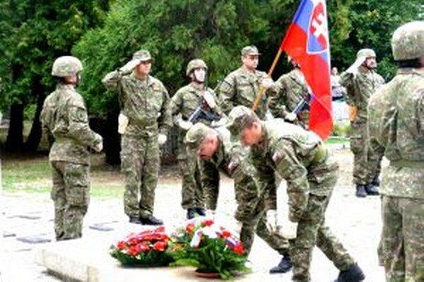 Pietny akt k výročiu SNP sa uskutočnil aj na Cinoríne padlých v Priekope.