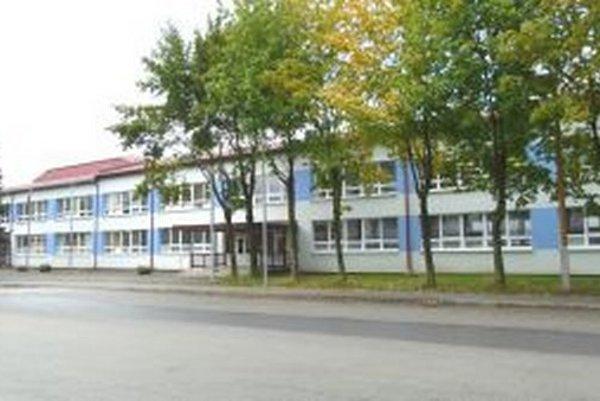 ZŠ M. R. Štefánika navštevuje podľa riaditeľky vysoký počet Rómov.