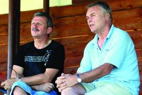 Jaroslav Fidrik spolu s trénerom áčka Viliamom Ilkom.