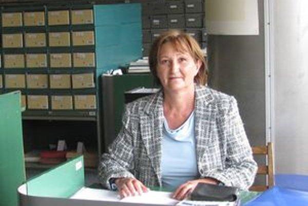 Katarína Verešová v študovni Slovenskej národnej knižnice v Martine.
