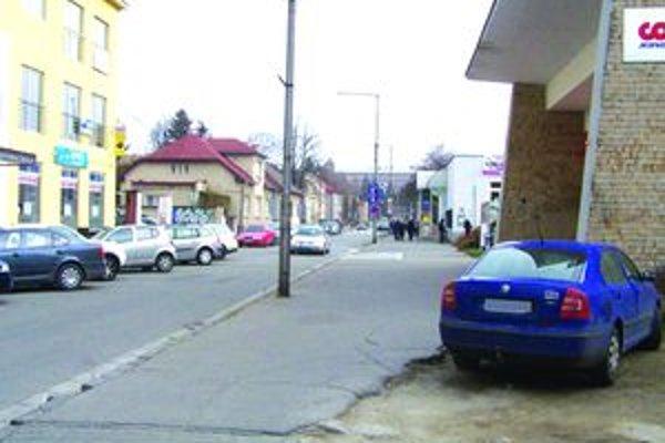 Kmeťova ulica. Jej rekonštrukcia patrí medzi päť aktívnych projektov mesta.