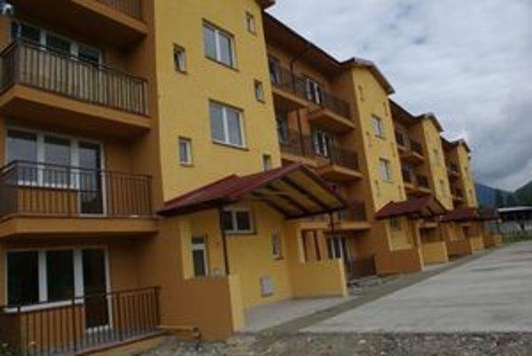 Nová bytovka v Krpeľanoch, zažila toho už viac ako dosť.