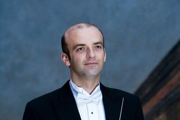 Novým šéfom Opery SND sa stal dirigent Rastislav Štúr.