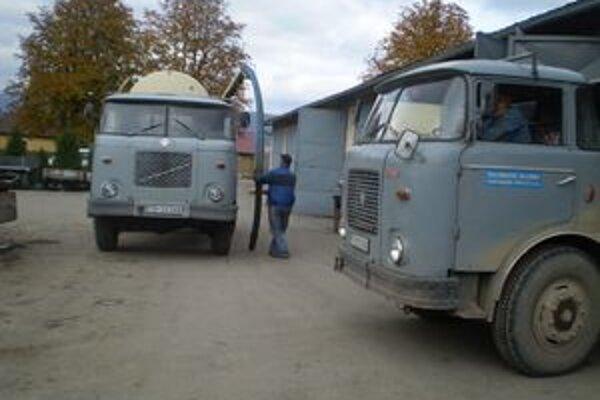 Vozový park v Turčianskych Tepliciach by už potreboval obmenu.