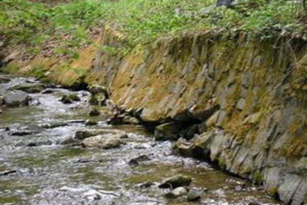 Naše toky sú skúšané povodňami, nemusíme ich zaťažovať fekáliami.