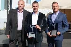 Zľava riaditeľ Eurovie Štefan Bálint, viceprimátor Martin Petruško a generálny riaditeľ DPMK Richard Majza.