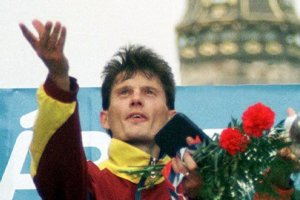 Róbert Štefko ako víťaz MMM 3. októbra 1999.