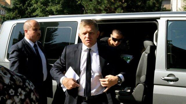 Robert Fico má ako jediný z poslancov ochranku.