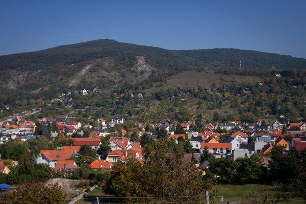 Pohľad na mestskú časť Devín.