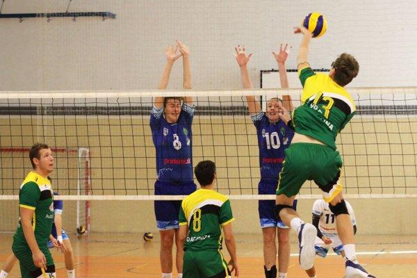Žilinčania (v zelenom) sú víťazmi minulého ročníka I. ligy mužov.