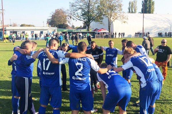 Futbalisti Lehníc ťahajú úspešnú sériu.
